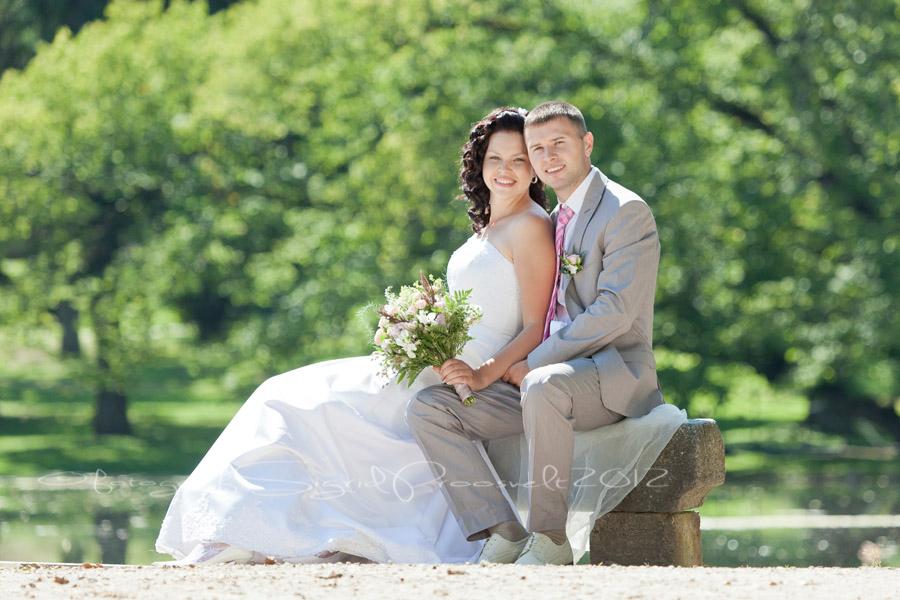pruutpaar-pulmafoto-pruutpaar-olustvere-lossipargis