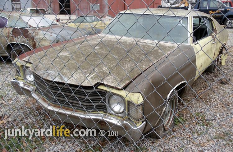 Chevelle junkyard 1964-1972 - YouTube