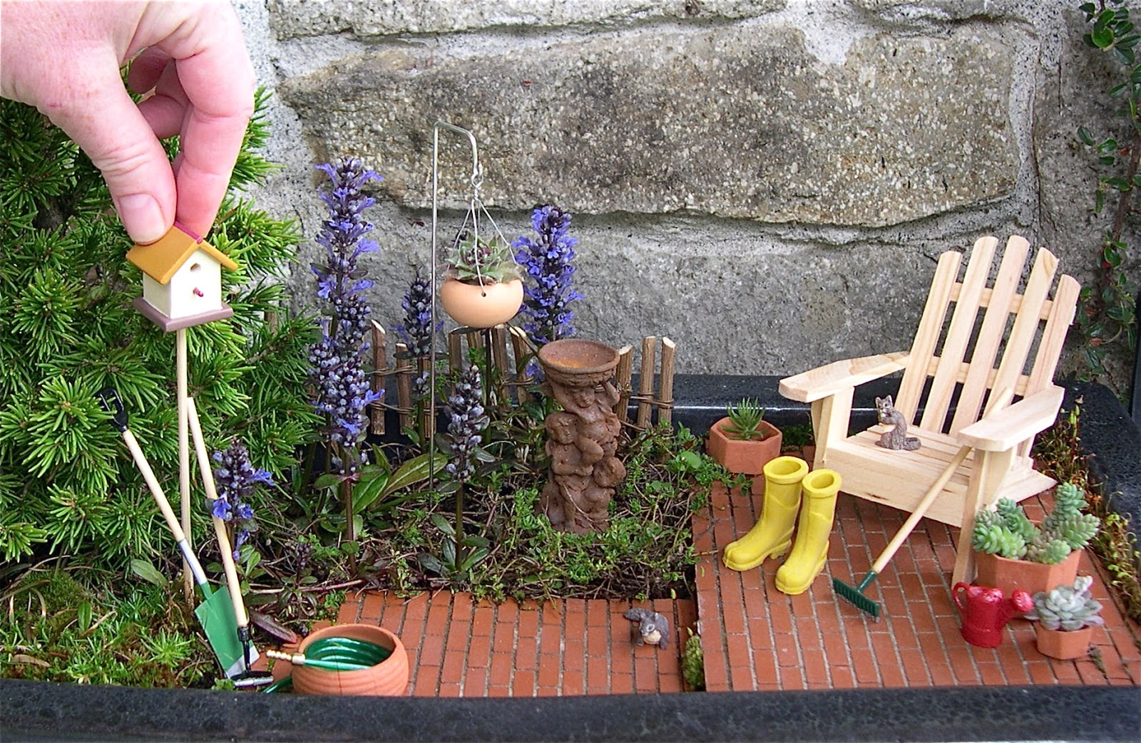 how to make a miniature garden on a plate