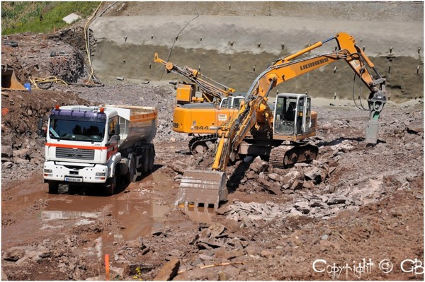 Les engins de terrassement et travaux g nie civil outils for Travaux de terrassement prix