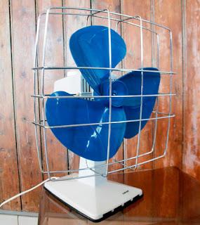 Ventilateur calor bleu années 70. la puce au grenier