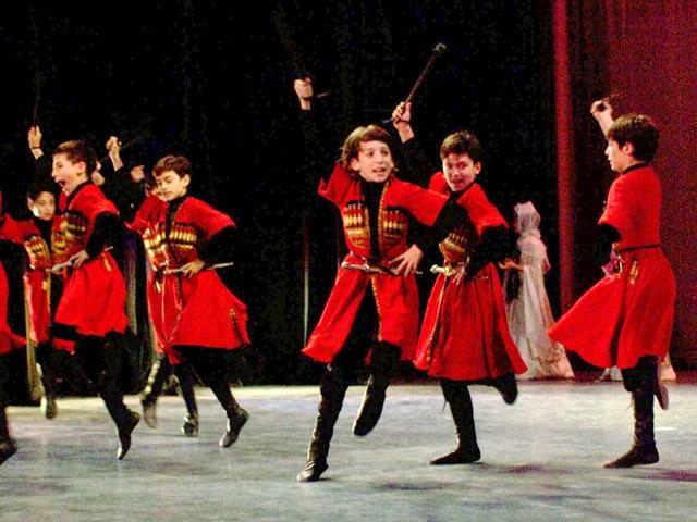 Niños virtuosos del Ballet de Georgia en Arequipa - 22 al 25 de agosto