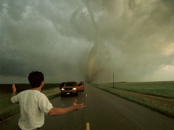 Tornadoes Tuesday threatening