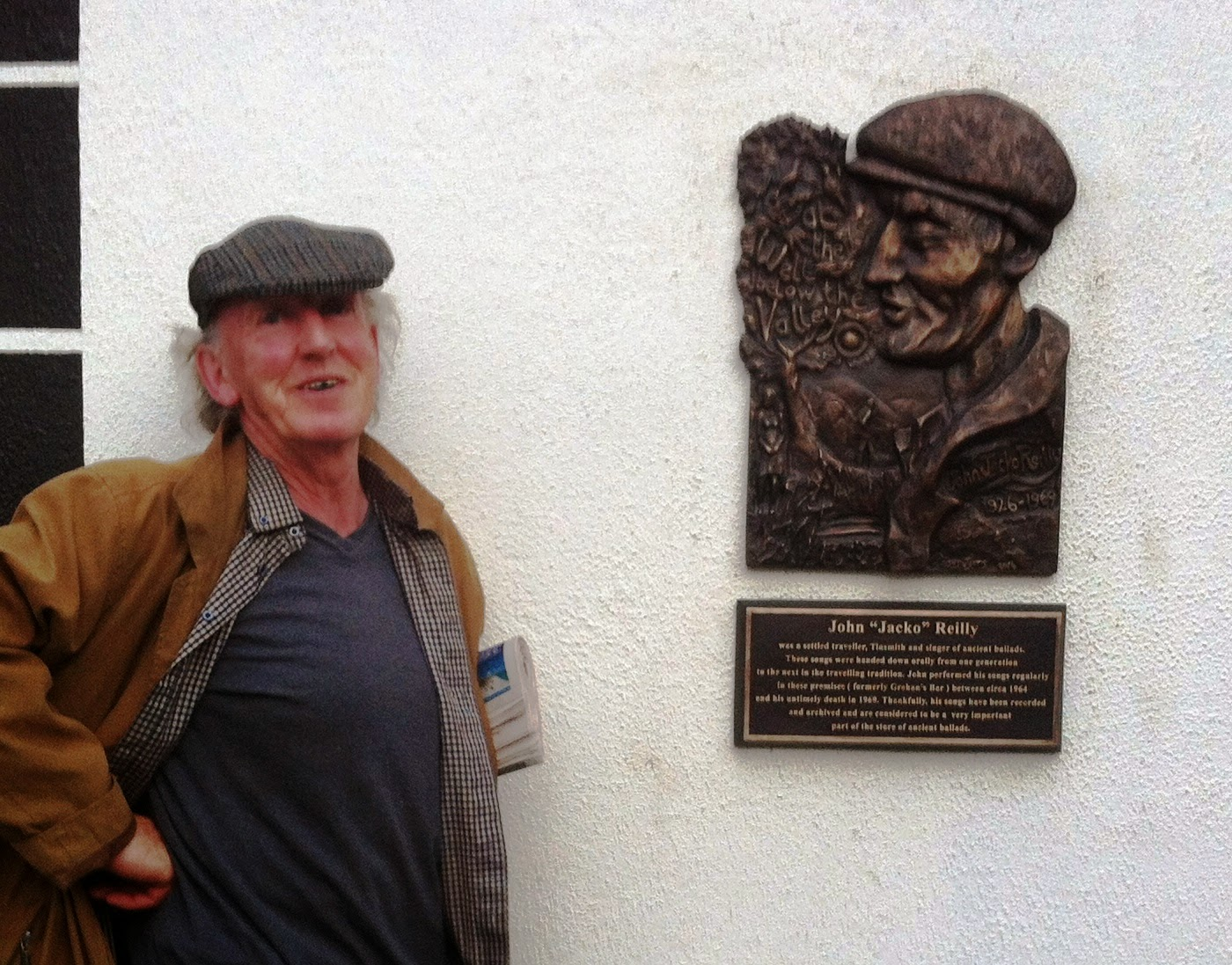Fergus Lyons with his plaque for John Reilly