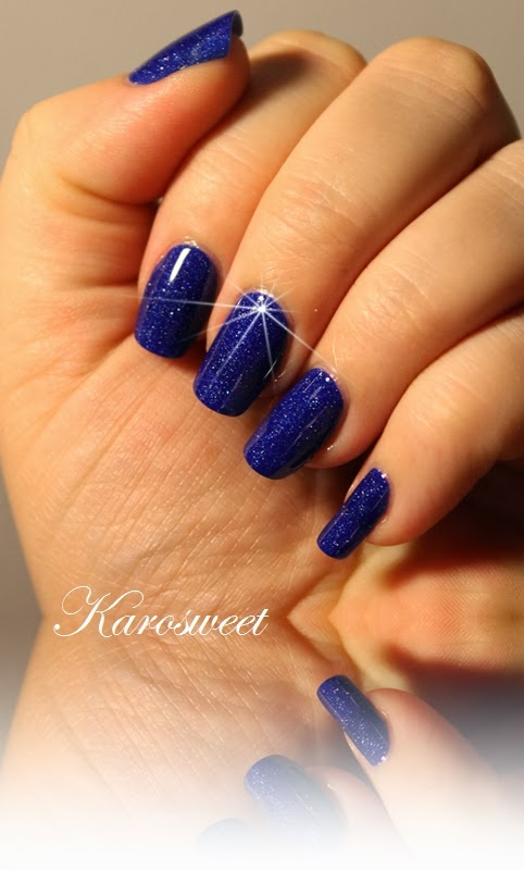 karosweet freya 39 s cat ou le bleu parfait made in picture polish. Black Bedroom Furniture Sets. Home Design Ideas