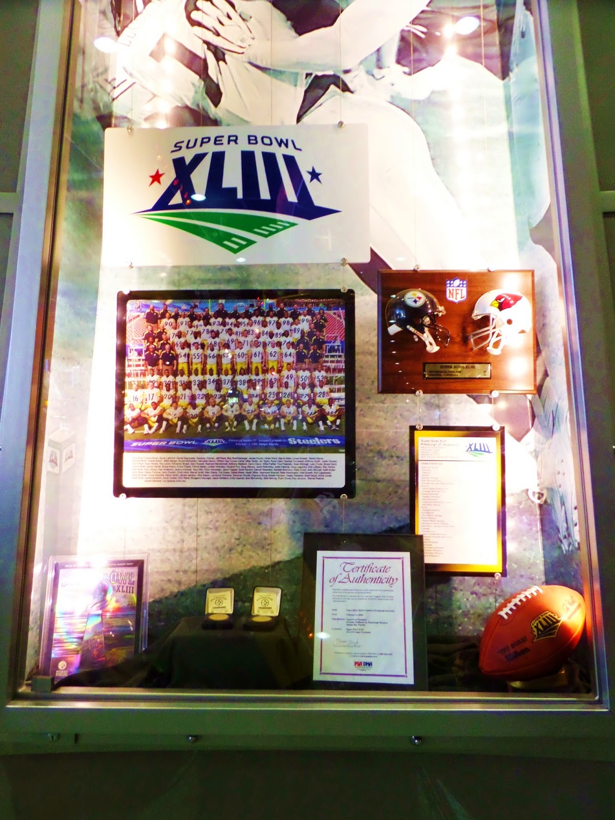 Super Bowl XLIII Lombardi Case