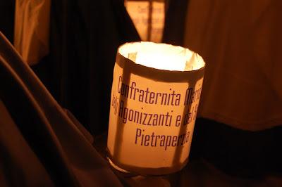 lanterna confrati in processione