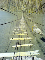Jembatan Gantung Hussaini  -  Pakistan