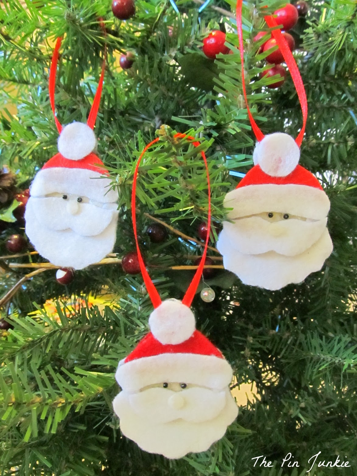 Christmas felt ornaments - Diy Felt Santa Christmas Ornament