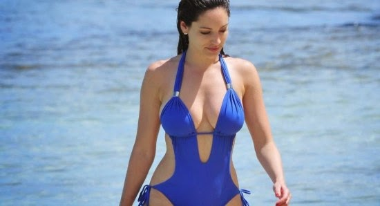 nude pictures of Kelly Brook