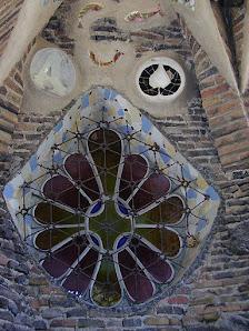 Cripta Gaudí (Patrimoni de l'Unesco des del 05)