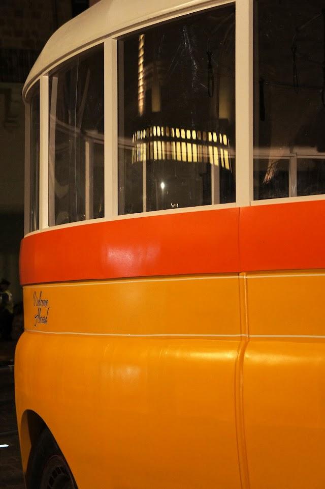 notte bianca round malta bus valletta
