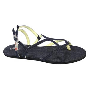 For the men out that who aren't so keen on a flip flop style, ...