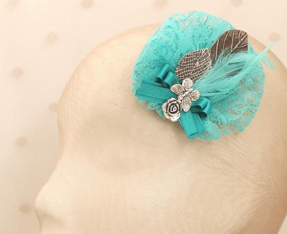 Colección Picnic - Tocado broche azul