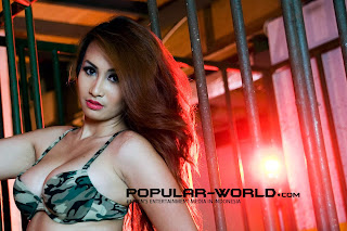 Rilly Putri for Popular World February 2013