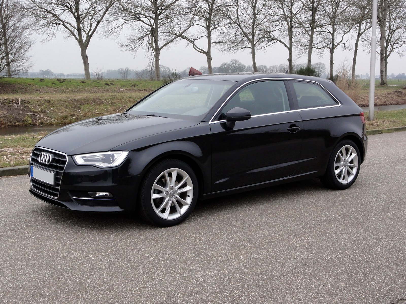 guitigefilmpjes picture update audi a3 2 0 tdi ambition 2013 8v. Black Bedroom Furniture Sets. Home Design Ideas