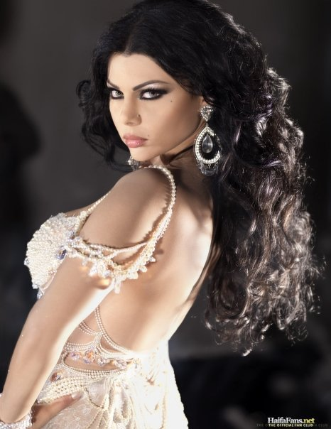 haifa wehbe_hyfa_wehbe_hot_sexy_pics_pictures_images_wallpapers_boobs_cleavage