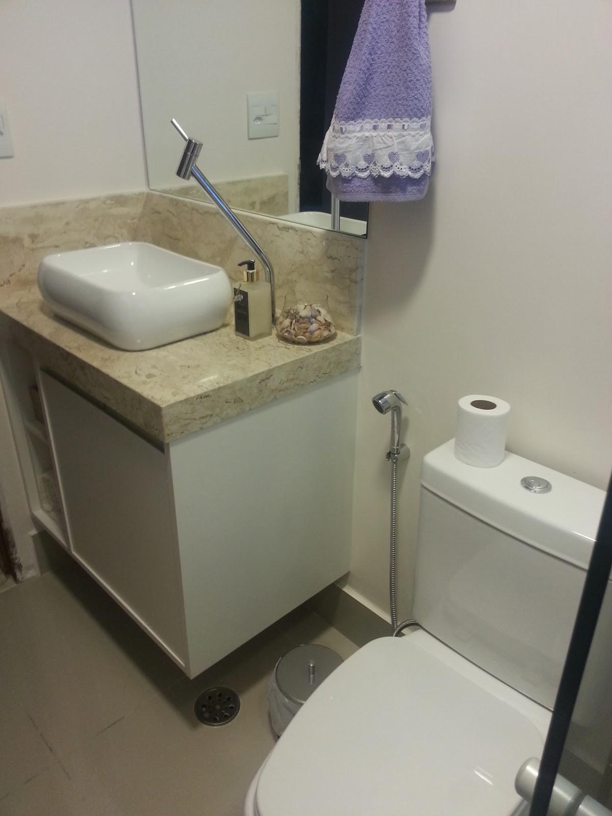 banheiro suíte as fotos desse banheiro tiveram que ser tiradas à  #5A5241 1200 1600