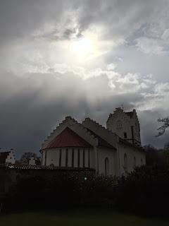 Bosjökloster kyrka med solglimt