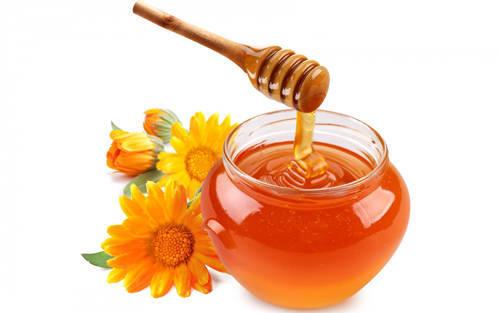 Cách trị mụn ở lưng bằng mật ong