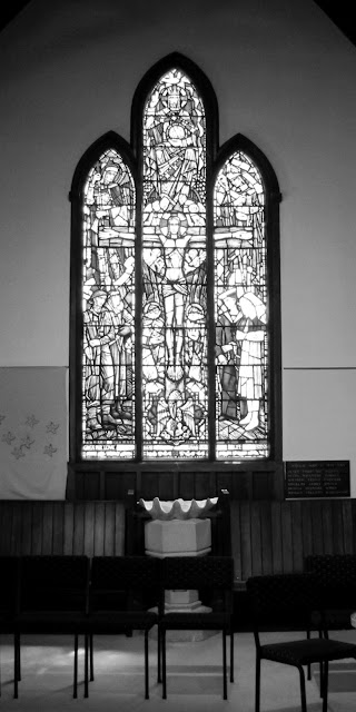 monochrome-stain-glass