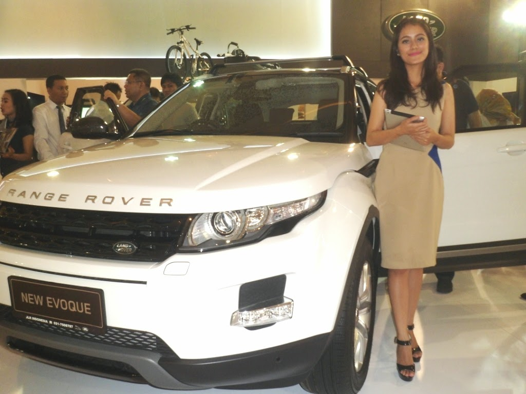 SPG Land Rover New Evoque IIMS 2014