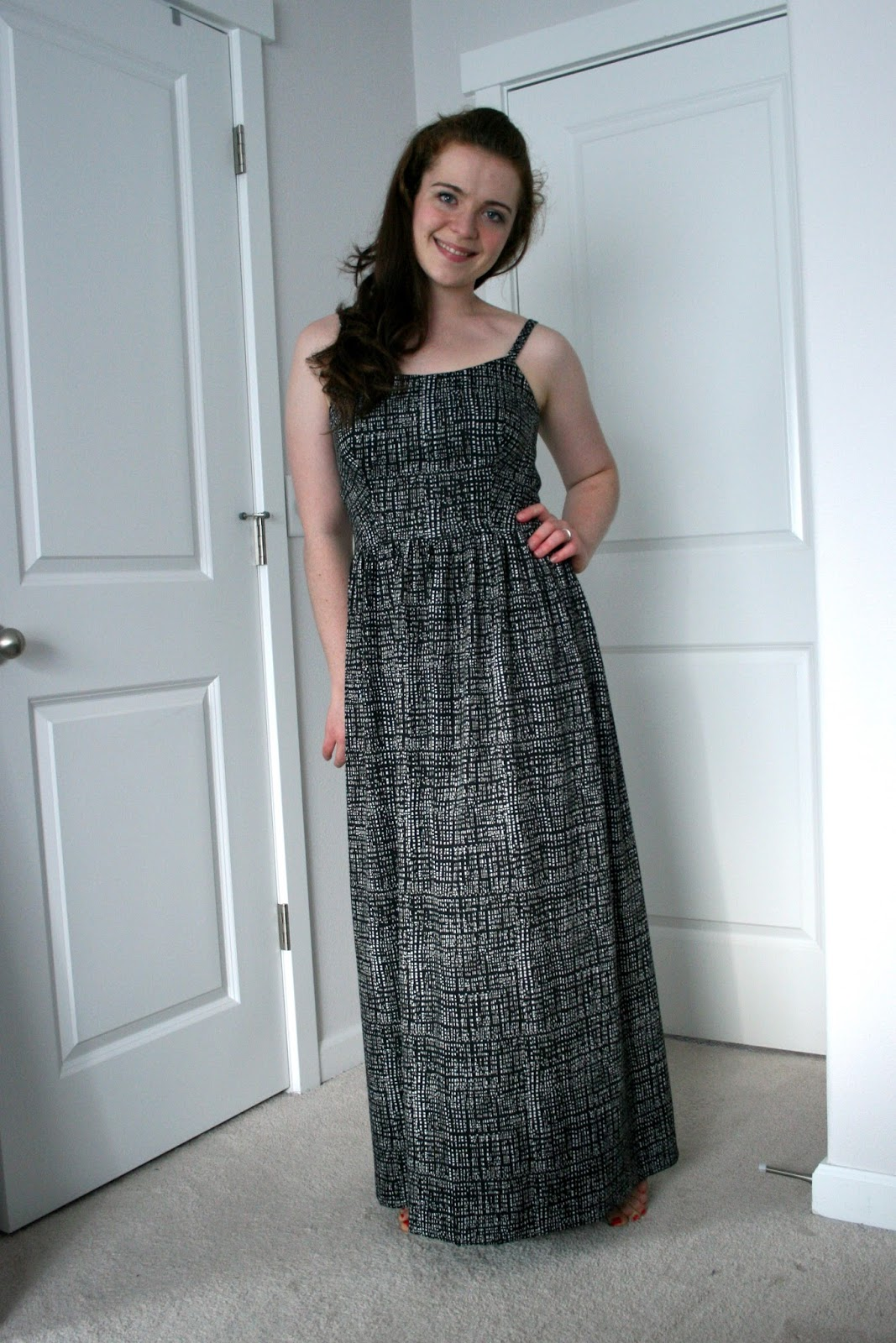 Just made a black maxi dress--can it work for fall? / Create / Enjoy