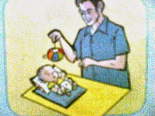 mainan bayi 2 bulan