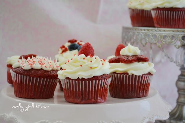 http://www.curlygirlkitchen.com/2013/08/red-velvet-cupcakes.html