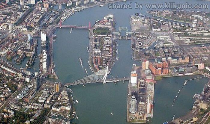 http://3.bp.blogspot.com/-QuvKYnJ6AQc/TXWaJ0dM4nI/AAAAAAAAQRc/zlb3RLwqVpg/s1600/bridges_15.jpg