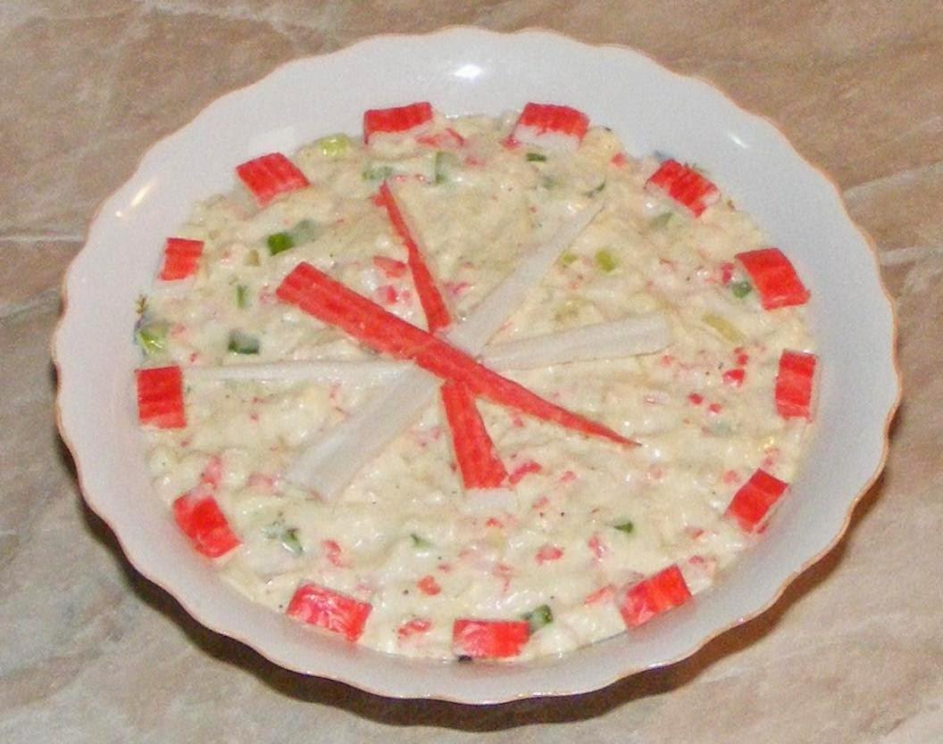salata de surimi, salata de surimi cu maioneza, retete cu surimi, retete cu maioneza, retete culinare straine, salate, retete salate, reteta salate, salate cu maioneza, salate cu surimi, retete de salate, aperitive si garnituri, retete de mancare, reteta aperitive, retete de aperitive, aperitiv, salata,