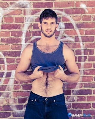 http://pakomx.blogspot.com/2013/05/modelo-jimmy-fanz.html