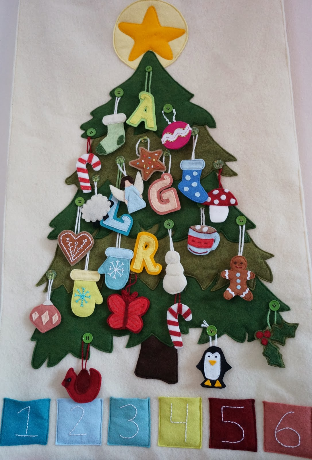 Kookababy felt advent calendar aka i made something - Pinterest advent ...