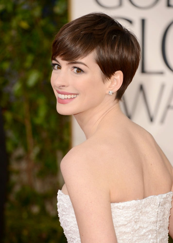 Anne Hathaway Plastic Surgery Nose Job, Breast Implants ... Anne Hathaway