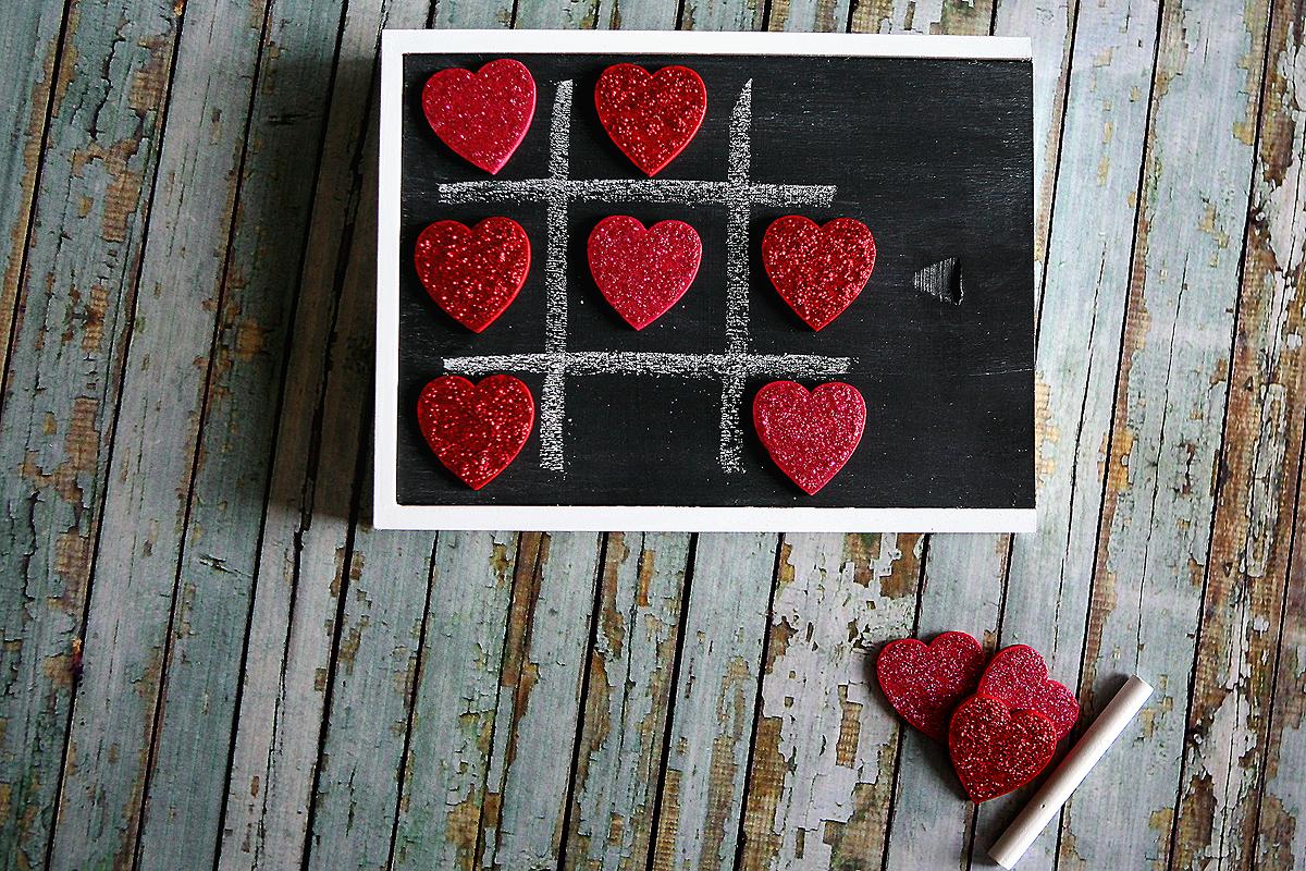 Valentine Tic Tac Toe Box