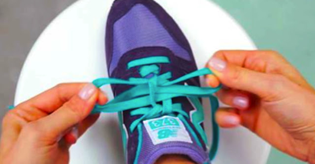 How To Tie A Shoelace In 2 Seconds