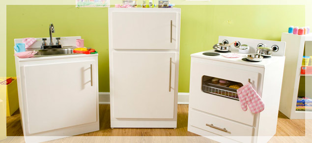Be DifferentAct Normal: DIY Play Kitchen Instructions