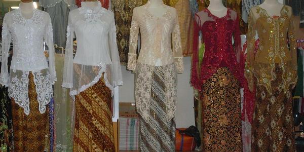 Foto Model Baju Kebaya Jarang
