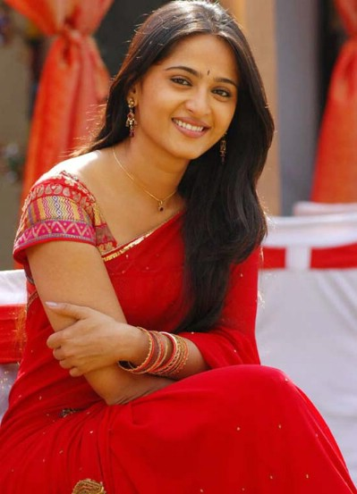 Anushka Shetty Hot Tamil Telugu Actress Pics Biography Movies