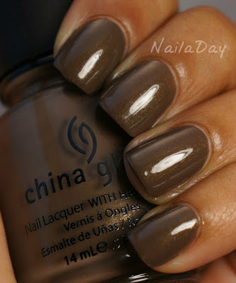 NailaDay: China Glaze Ingrid