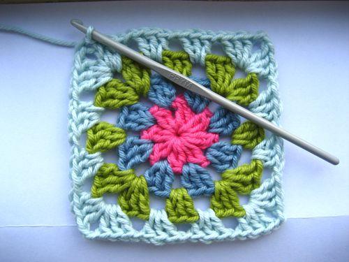 crochet mania granny square - modele gratuit 2013 Granny%2Bsquare