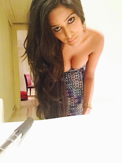Poonam Pandey Latest Unseen  Pictures 8