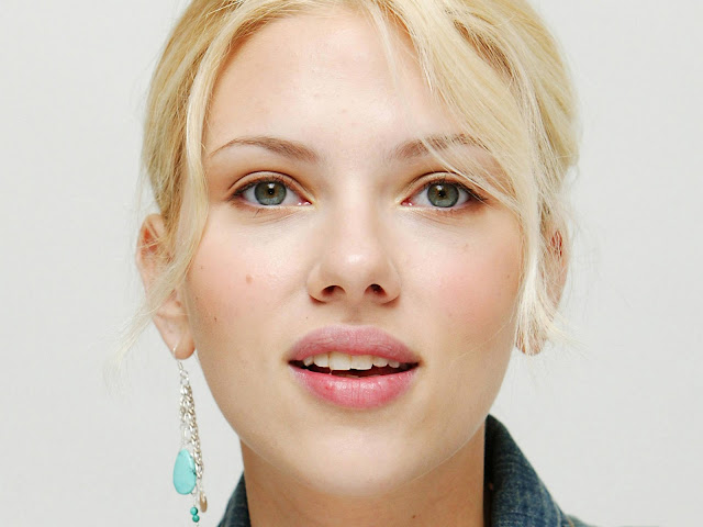 Scarlett_Johansson_Face_wallpapers_956544548452