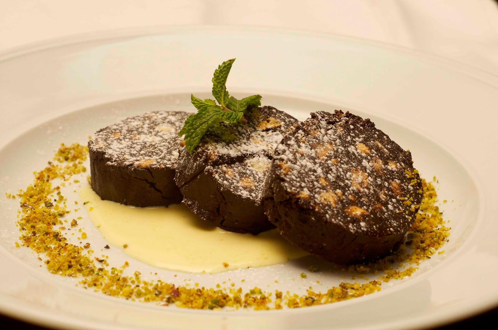 Dessert Hop, Part 1. Tiramisu at Focaccia, Macarons at EST, Hilton.
