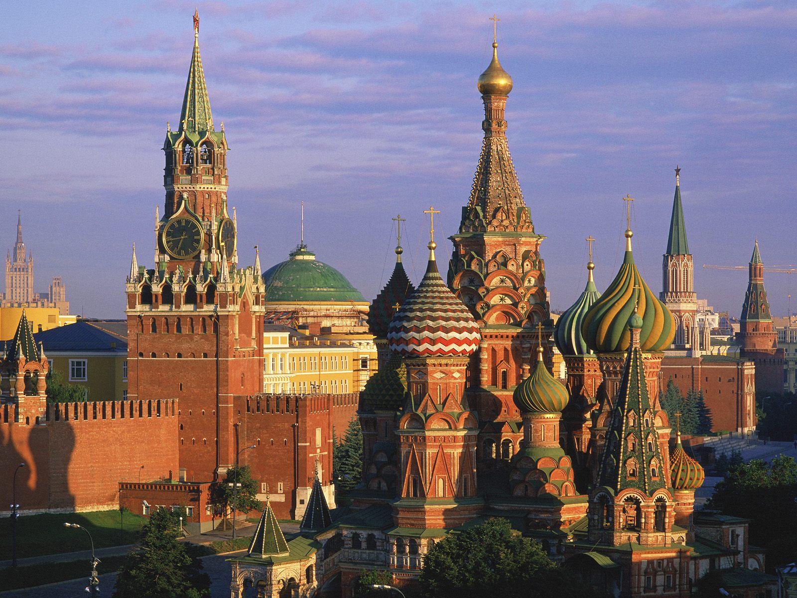 http://3.bp.blogspot.com/-Qx5mEQqr0Qs/TV2rojKmvoI/AAAAAAAAA94/wiDEf2CliUc/s1600/Russia-Wallpaper_18220115.jpg