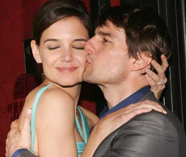 Cruise Katie Holmes Contract on Ken Levine  Oh No  Tom Cruise And Katie Holmes Are Getting Divorced