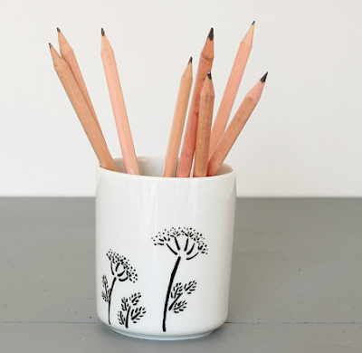 bone china pencil cup with images of fennel