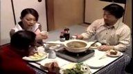 เงี่ยนหนักมาก! ผัวเมาโดนเพื่อนบ้านเอาเมีย แอบเย็ดกันข้างๆสามีที่หลับอยู่