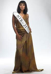 MISS INDONESIA 2011 CONTESTANT - Ni Made Aripiasari