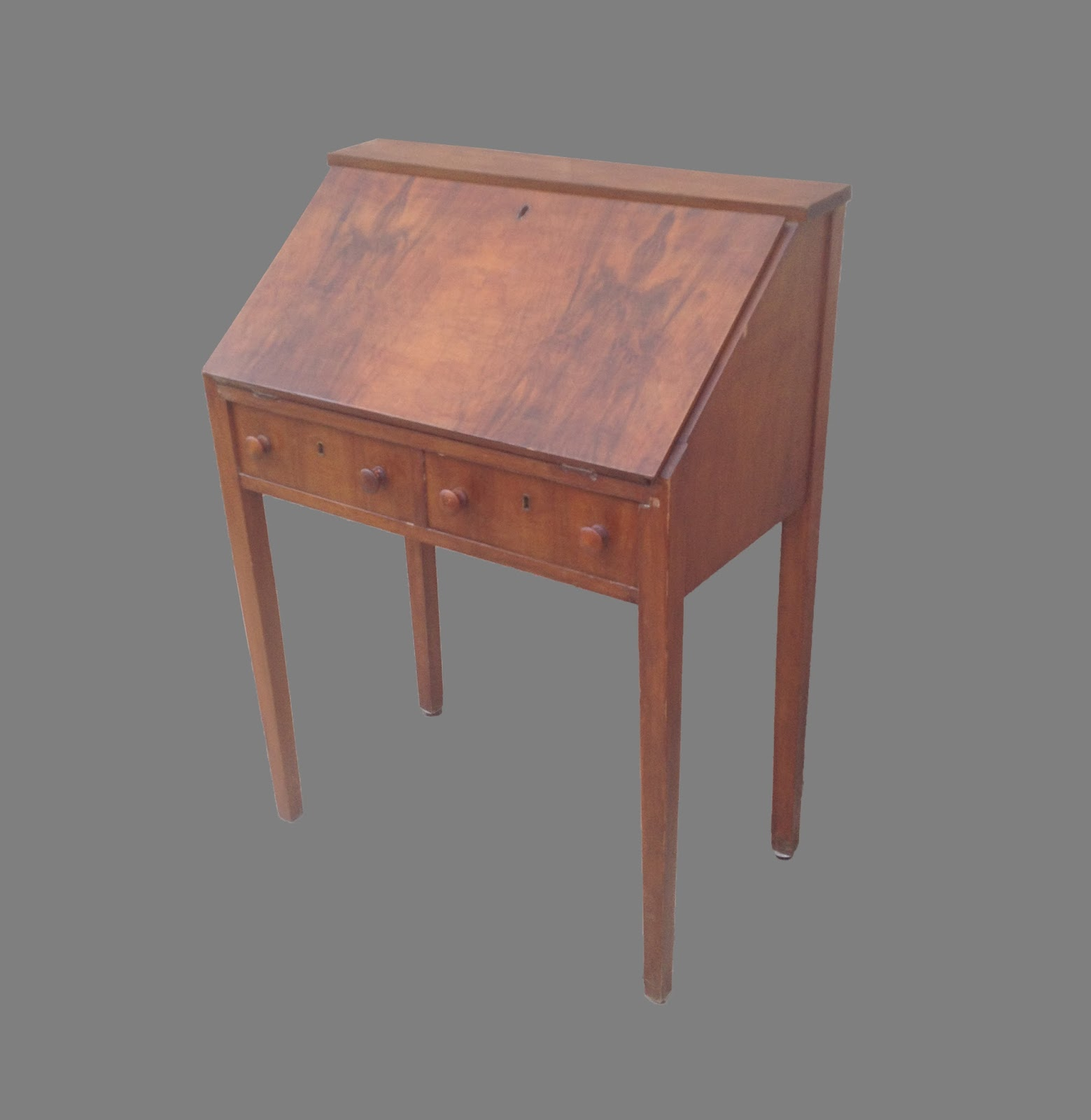 Uhuru Furniture Collectibles Small Secretary Desk 65